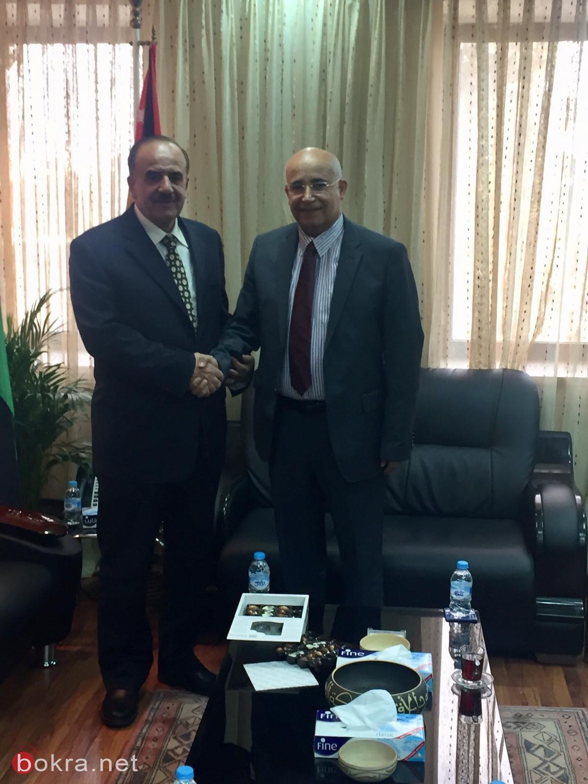 طلب الصانع لـبكرا: سيُعترف قريباً بشهادات الطب من الجامعات الأردنيّة