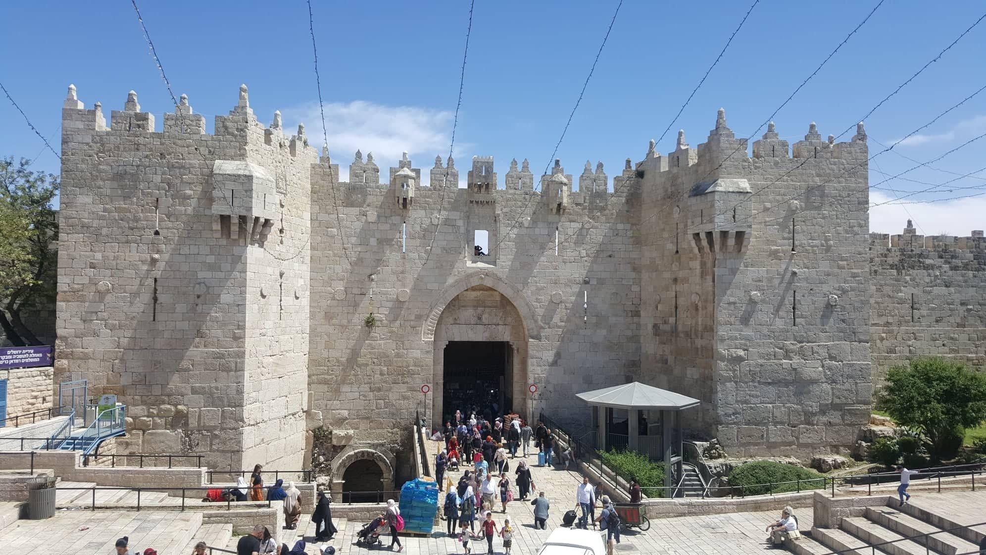 القدس تستعد لاستقبال شهر رمضان المبارك