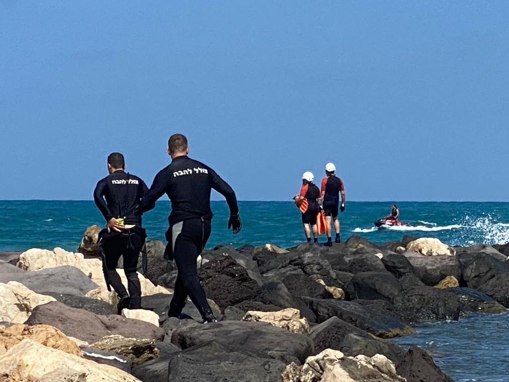 """أعمال البحث مستمرة عن فتى فُقدت أثاره في شاطئ """"هدايجيم - الصيادين"""" في الخضيرة-0"""