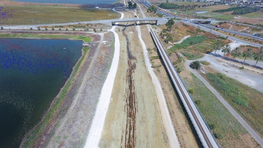 لمنع الفيضانات في منطقة الناعورة .. الجلبوع يتجهز للشتاء بطريقة جديدة وفريدة-0