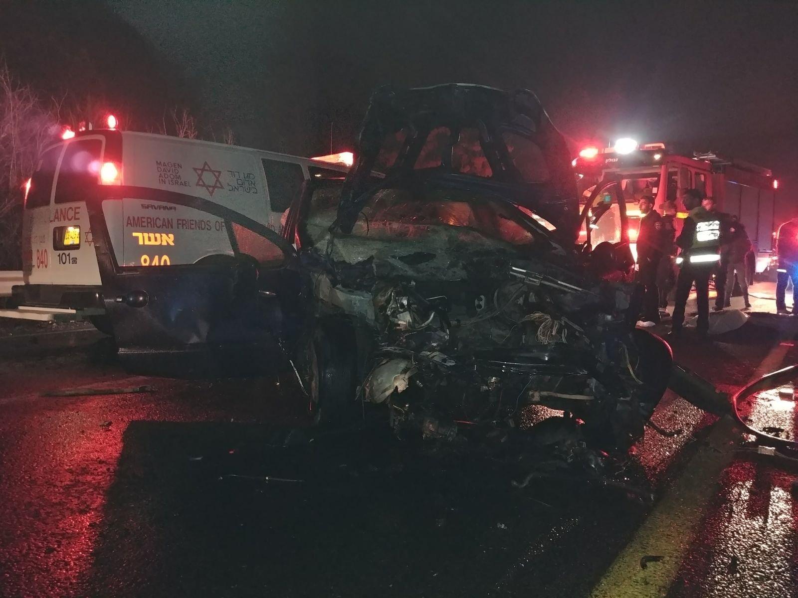 قتيلان و3 جرحى كلهم عرب بحادث وانفجار سيارة قرب مفترق الكابري-1