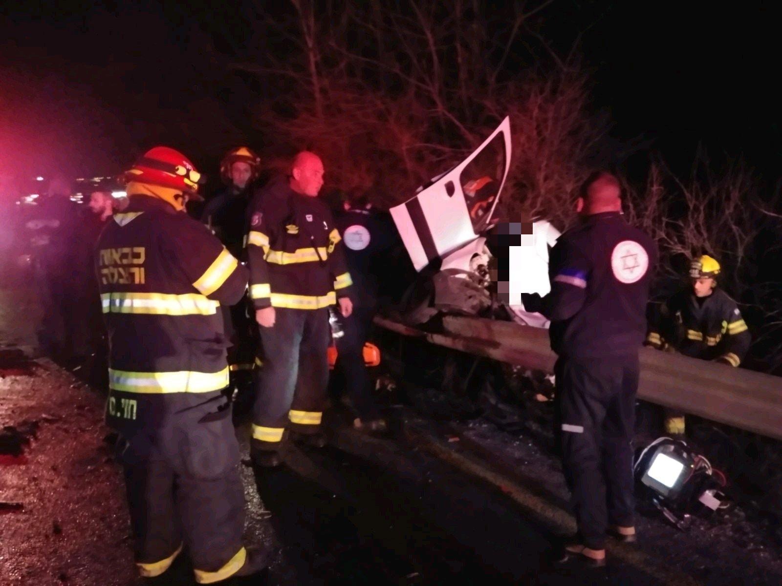 قتيلان و3 جرحى كلهم عرب بحادث وانفجار سيارة قرب مفترق الكابري-3