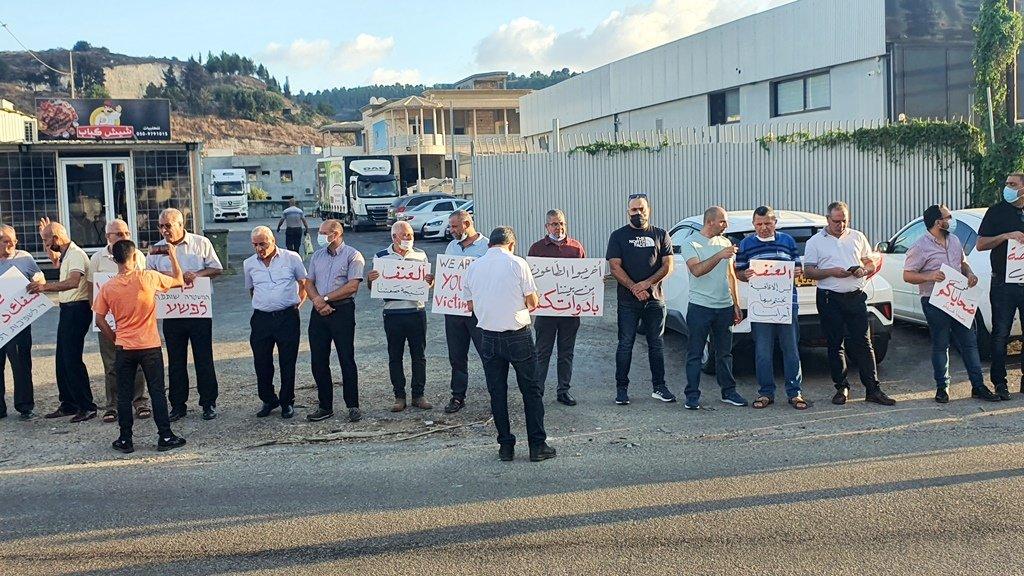 مجدالكروم: العشرات يتظاهرون منددين بالعنف-3