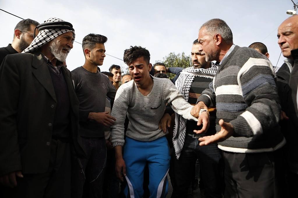 29 إصابة خلال مواجهات مع قوات الاحتلال في بلدة حلحول-0