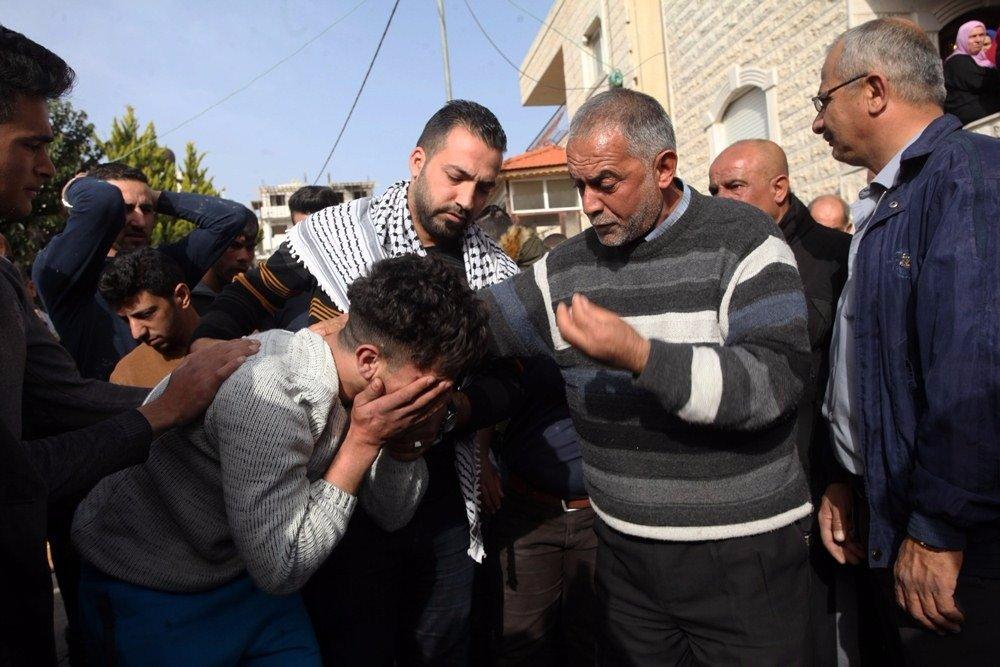 29 إصابة خلال مواجهات مع قوات الاحتلال في بلدة حلحول-1