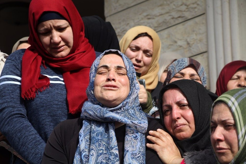 29 إصابة خلال مواجهات مع قوات الاحتلال في بلدة حلحول-3