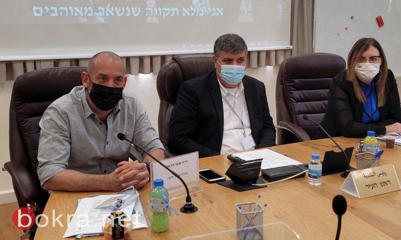 اللجنة المسؤولة عن جائزة وزارة التّربية للسّلطات المحليّة تزور أم الفحم .