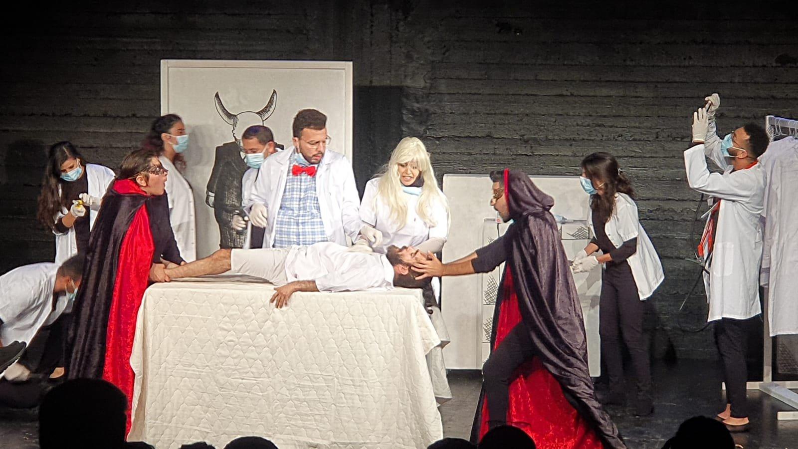 أكاديمية فرينج الناصرة تحتفل هذا الأسبوع بتخريج الفوج الثاني من طلاب فرع التمثيل الجدد وعرض مسرحيتهم الأولى-2