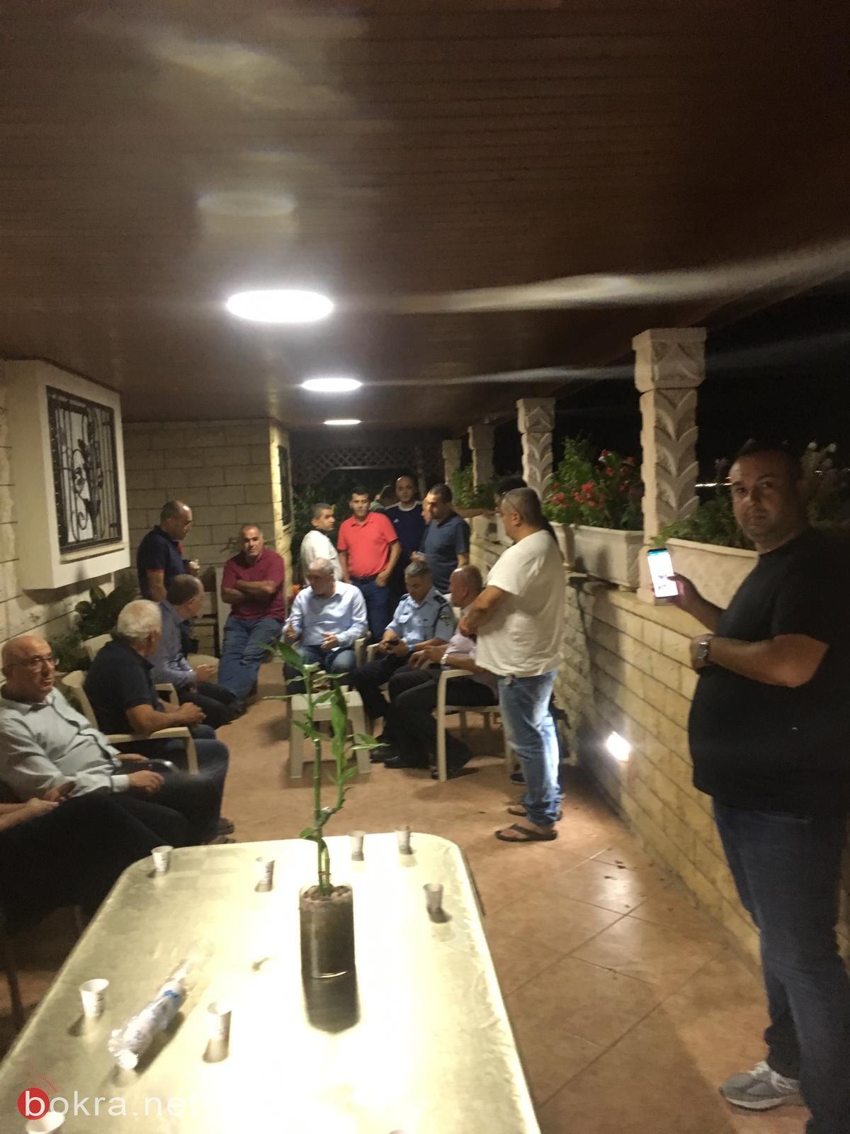 ليلة صاخبة في طمرة .. إطلاق نار قرب منزل رئيس البلدية وسطو مسلح بمحطة وقود