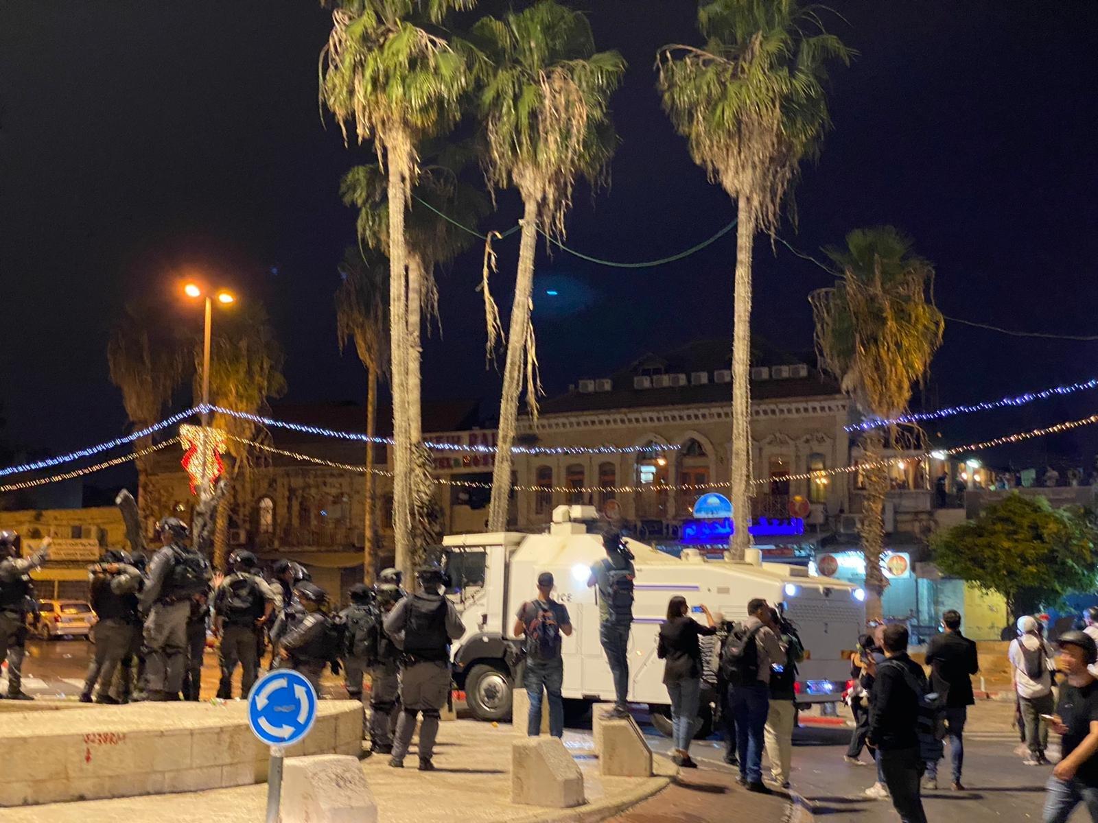 مواجهات مع الشرطة واعتقال 3 مواطنين في باب العامود بالقدس-0