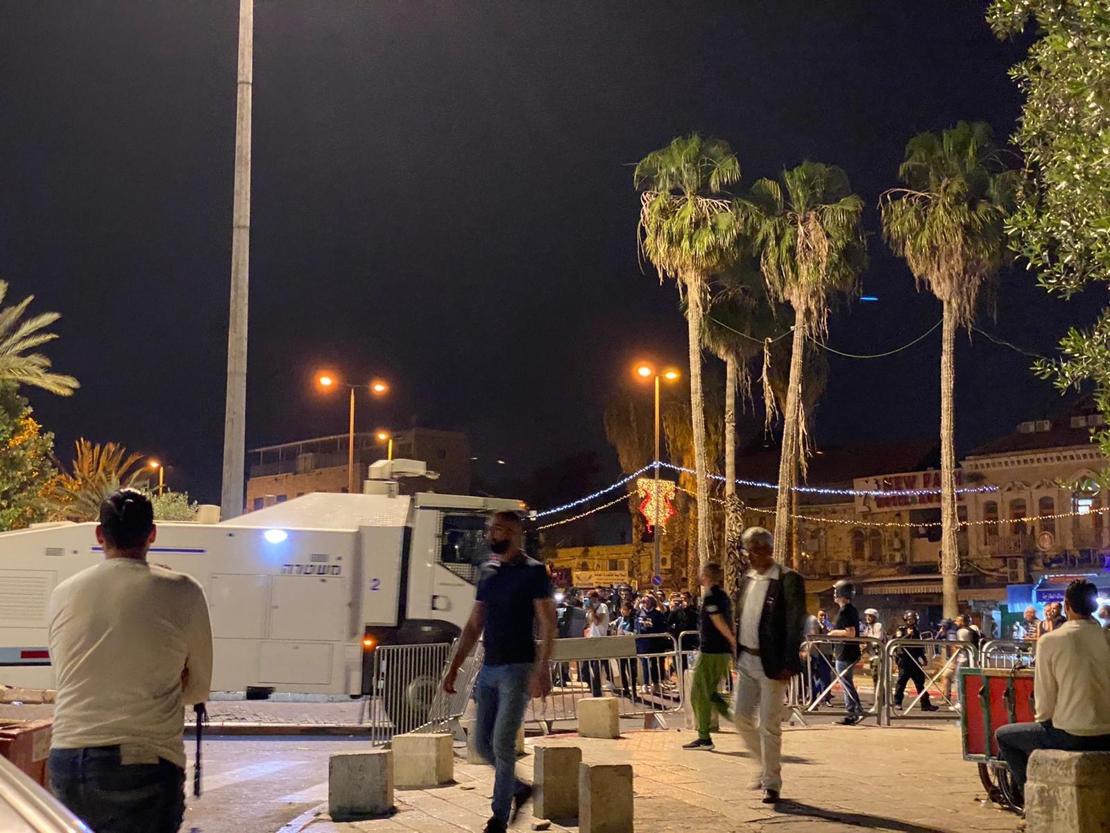 مواجهات مع الشرطة واعتقال 3 مواطنين في باب العامود بالقدس-2