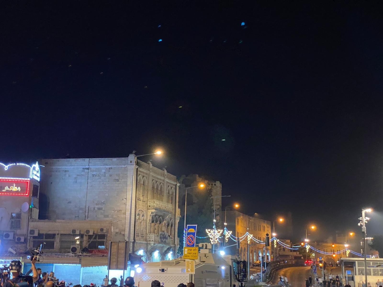 مواجهات مع الشرطة واعتقال 3 مواطنين في باب العامود بالقدس-4