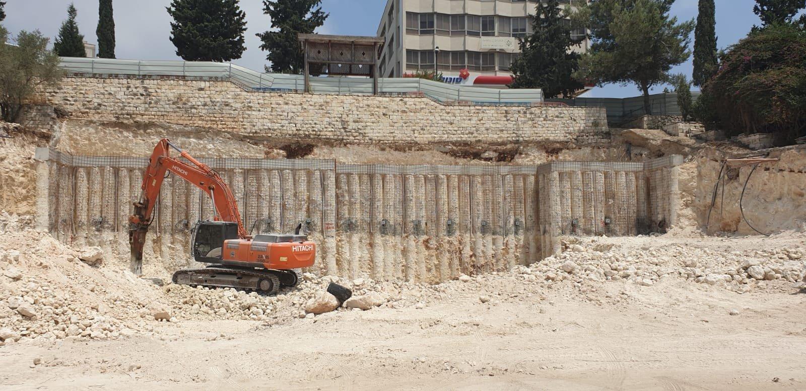 بلدية الناصرة تبدأ ببناء بيت المسن في القشلة