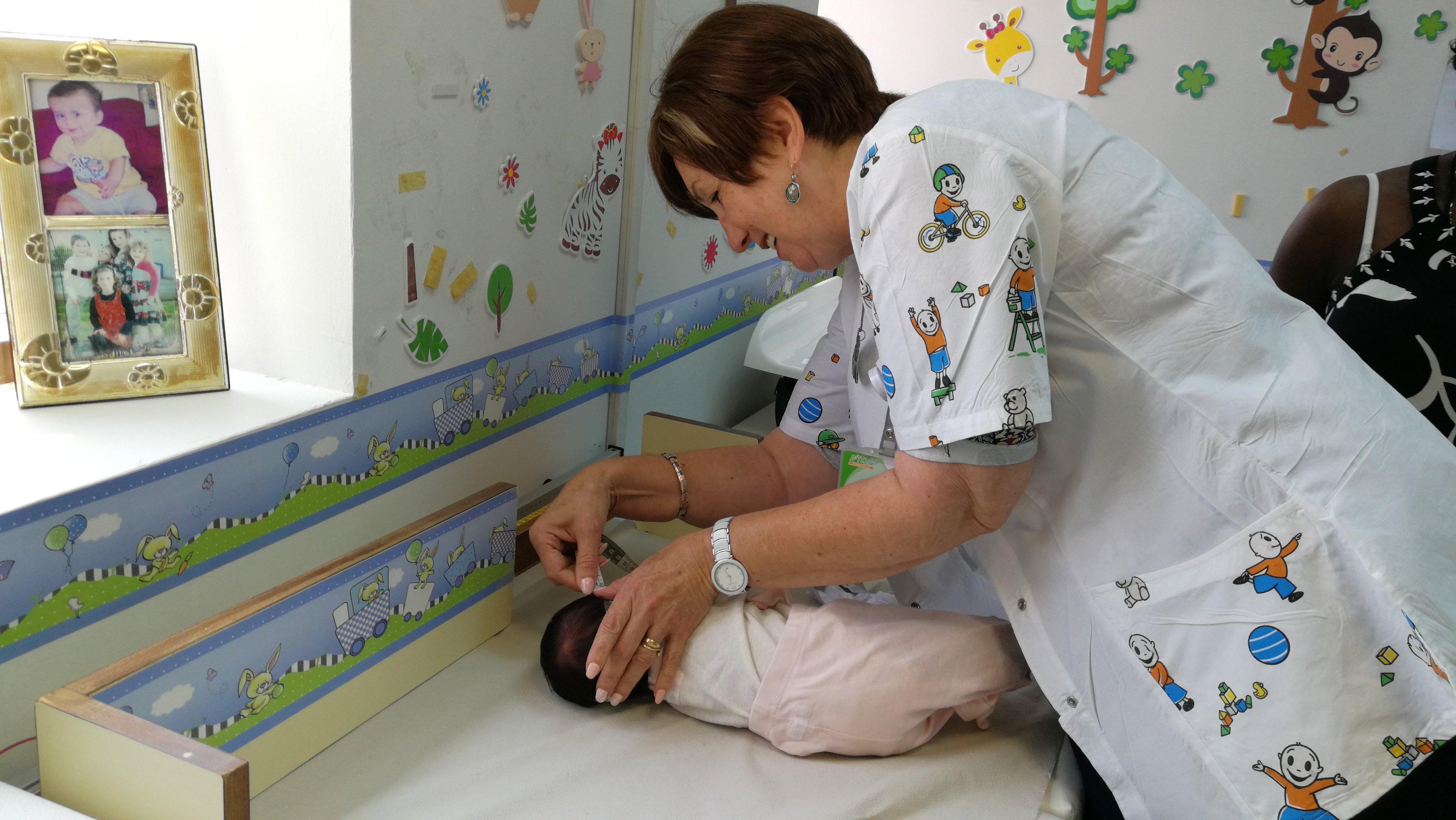 أداء مميّز لعيادات الأم والطفل في كلاليت بالأخص في قياس محيط الرأس والتشخيص المبكر لاكتئاب الحمل