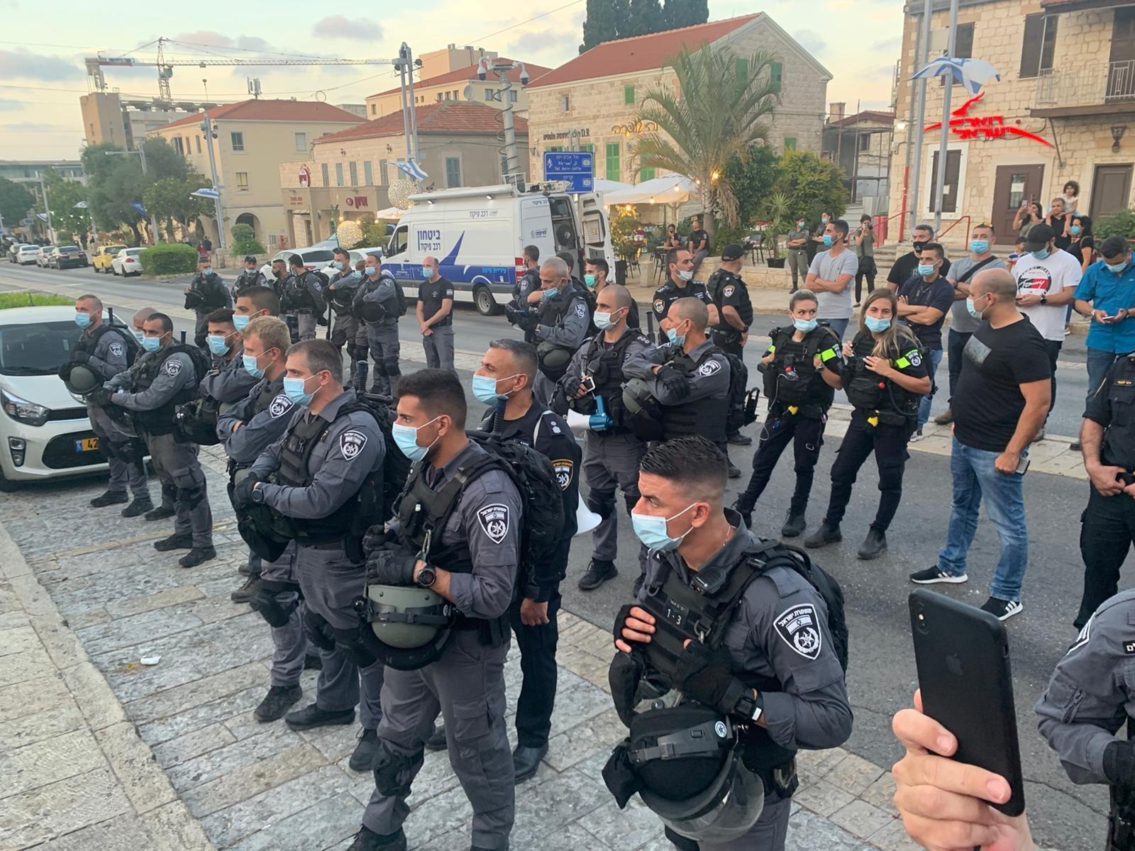 في حيفا...حراك طالعات  يصرخ ضد الاعدامات الميدانية للشرطة