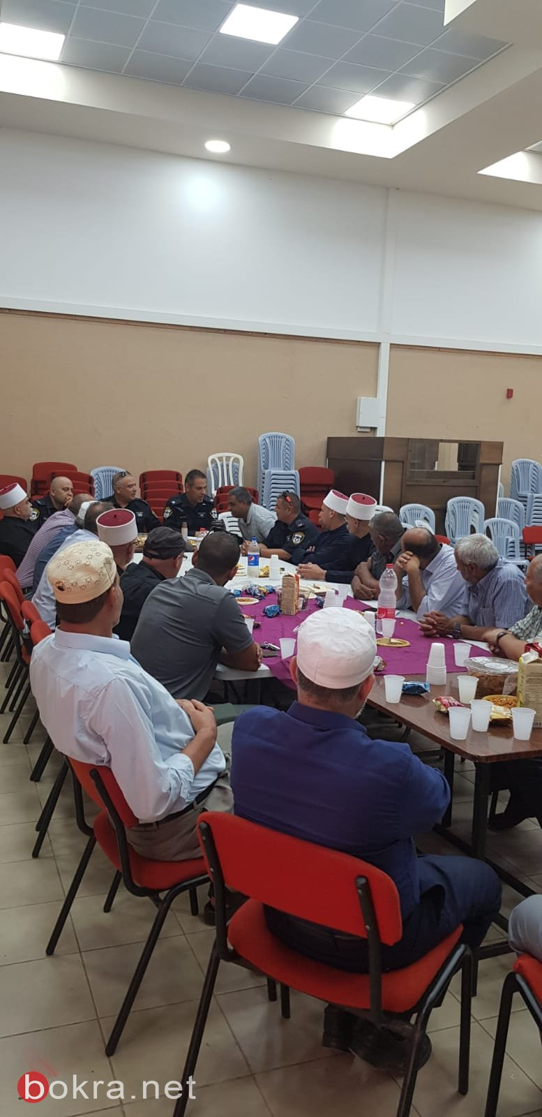 الشرطة تعقد لقاء حوار وعمل مع رجال دين قادة في منطقة طبريا