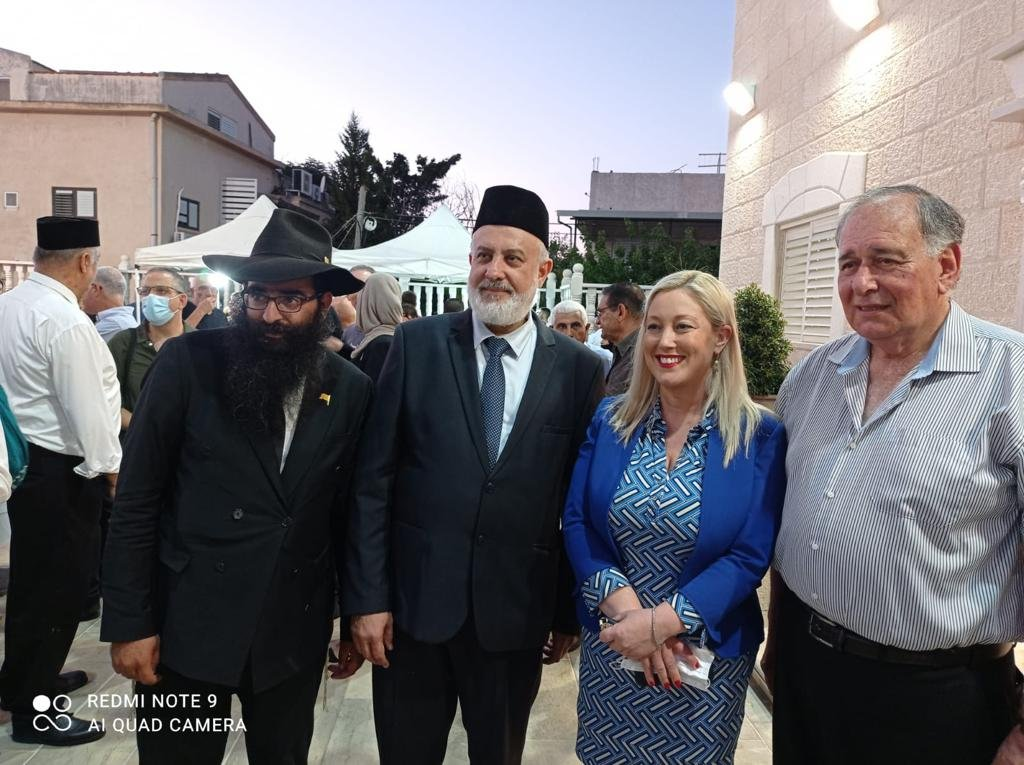 فاسرمان تشارك في المؤتمر السنوي للطائفة الإسلامية الأحمدية-3