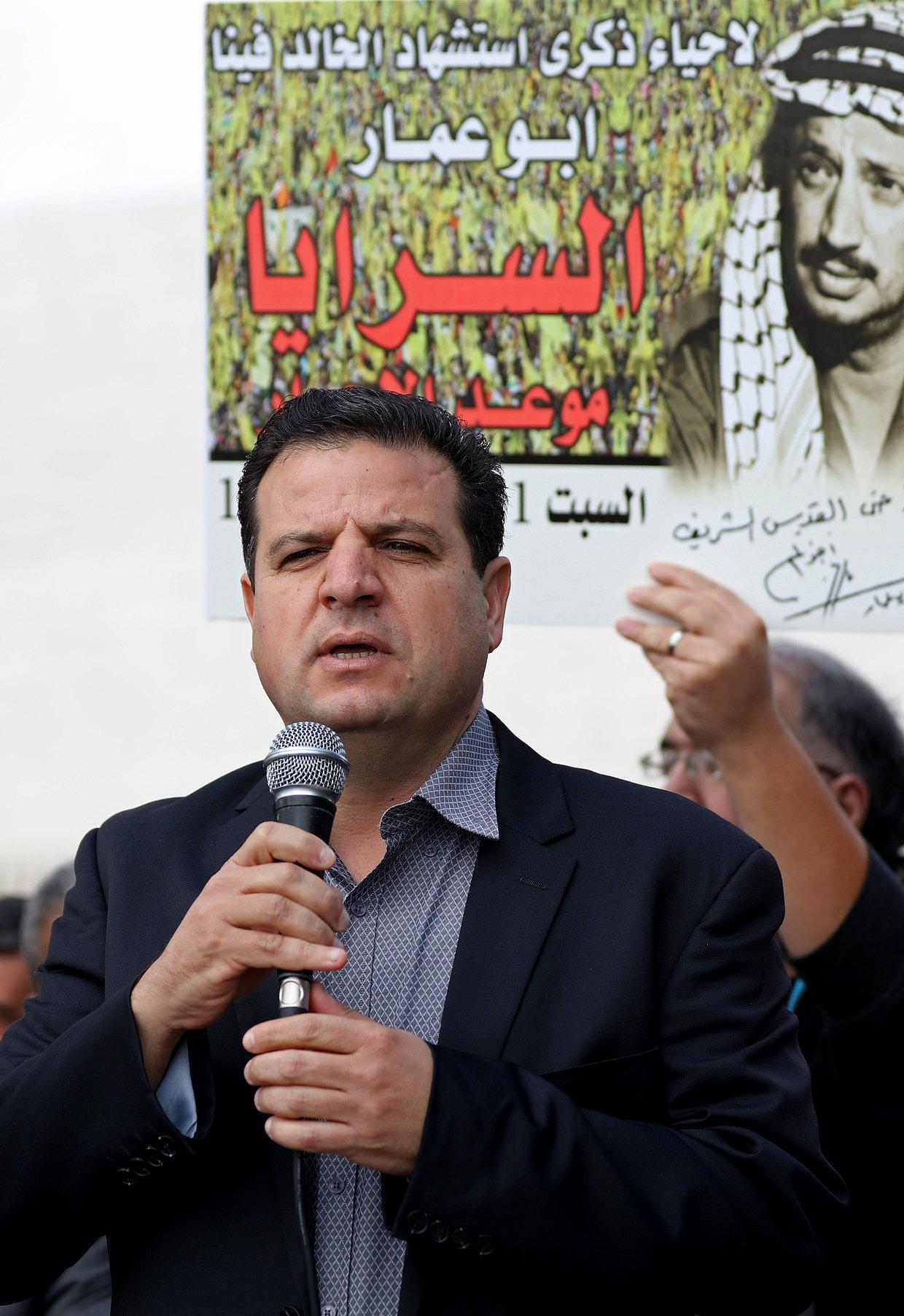 إحياء الذكرى الـ13 لاستشهاد ياسر عرفات بفعاليات ومسيرات في الضفة-7