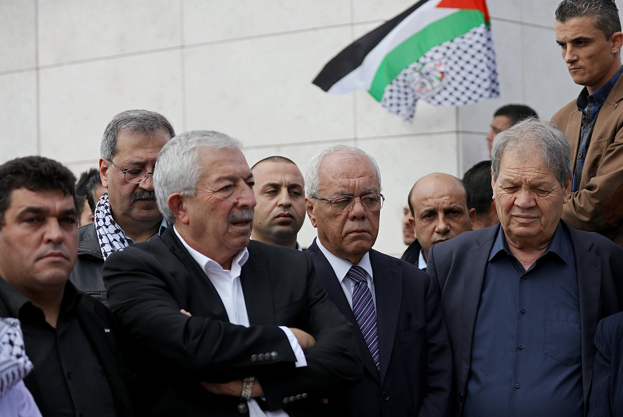 إحياء الذكرى الـ13 لاستشهاد ياسر عرفات بفعاليات ومسيرات في الضفة-12