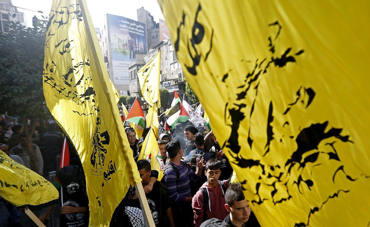 إحياء الذكرى الـ13 لاستشهاد ياسر عرفات بفعاليات ومسيرات في الضفة-16