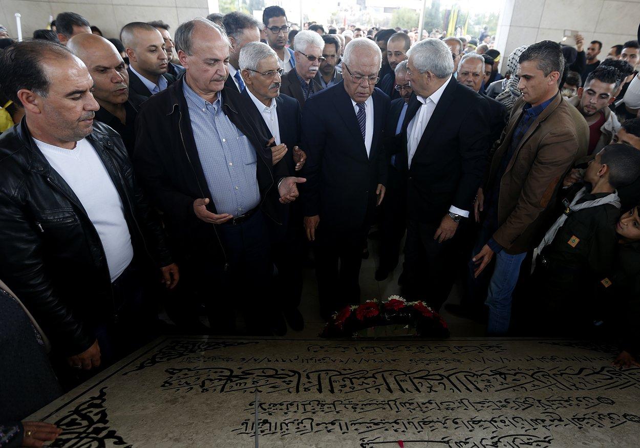 إحياء الذكرى الـ13 لاستشهاد ياسر عرفات بفعاليات ومسيرات في الضفة-18