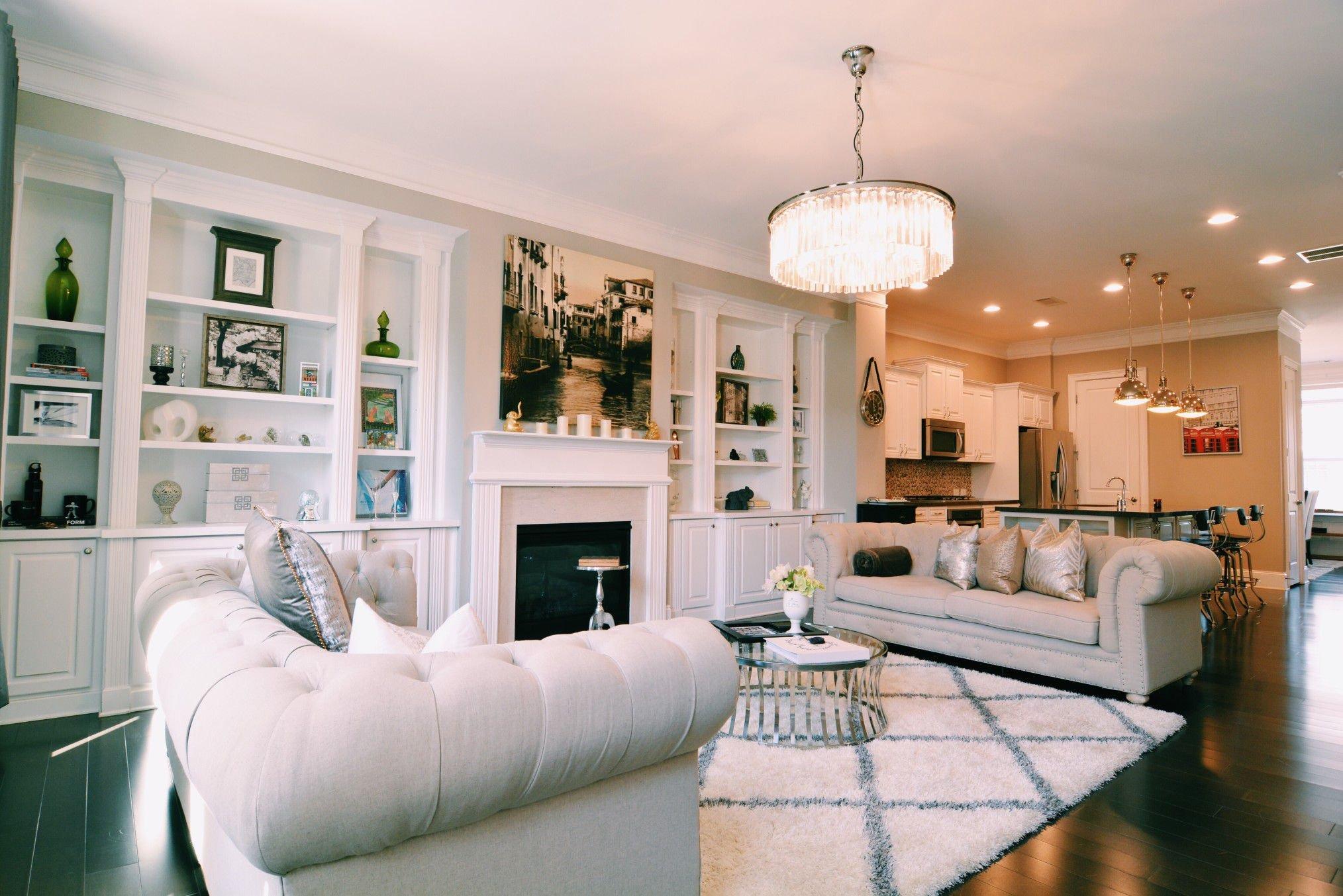غرف معيشة مستطيلة الشكل بالصور