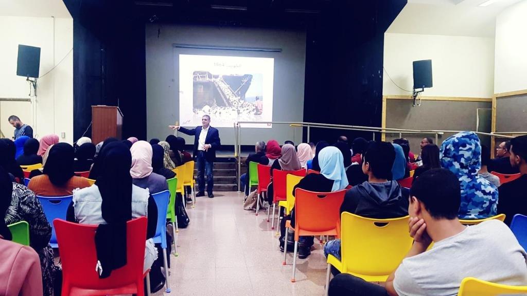 العديد من الشباب يشاركون في الأسبوع المفتوح في مركز شباب رهط