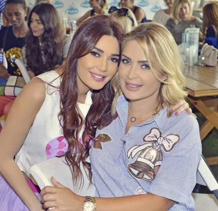 شقيقات النجمات العرب: تعرّفوا إليهنّ ولاحظوا الشبه!
