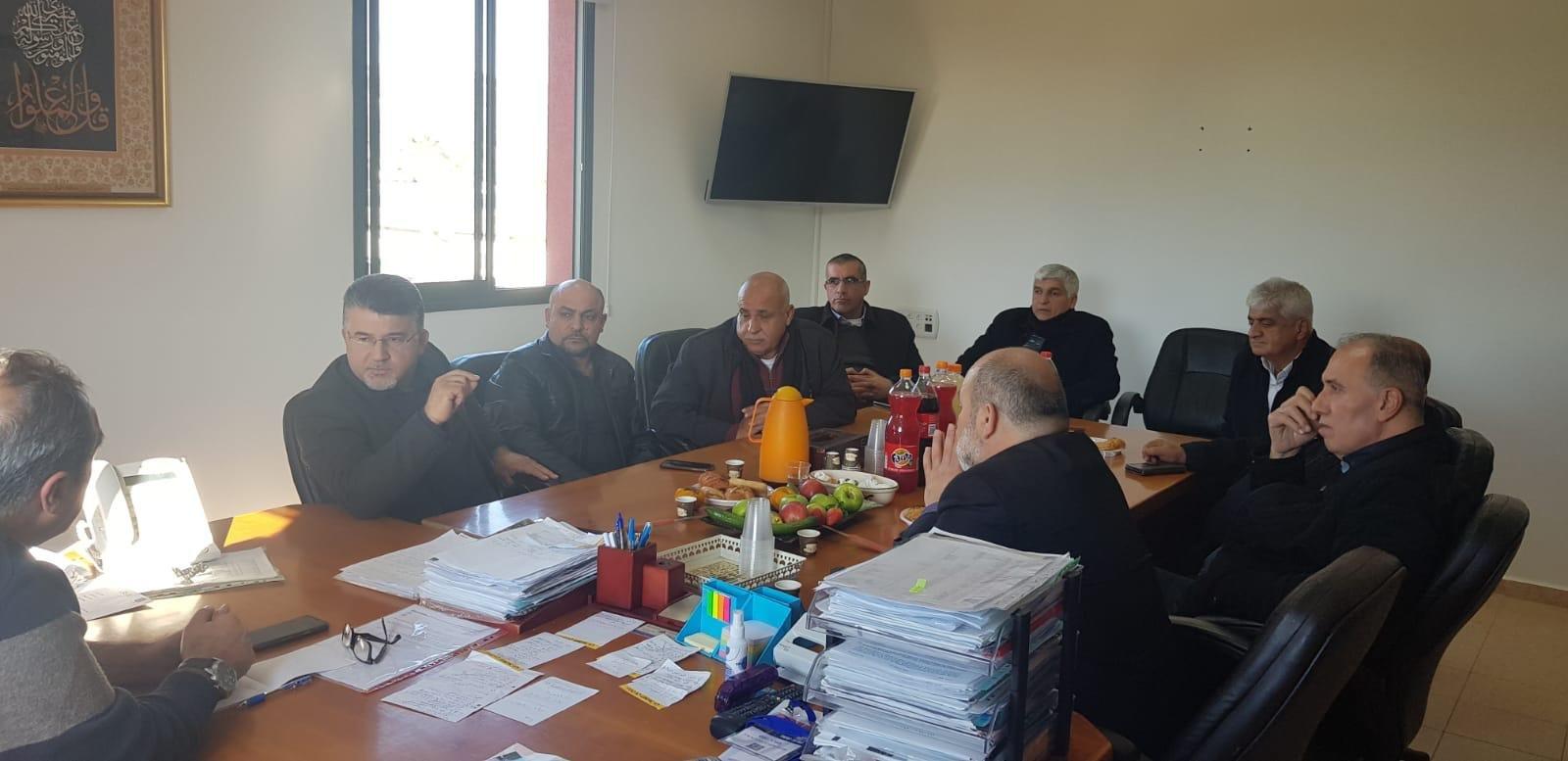 وفد القائمة المشتركة يزور رئيس اللجنة القطرية لرؤساء السلطات المحلية العربية ورئيس مجلس عاره- عرعره المحلي المحامي مضر يونس.