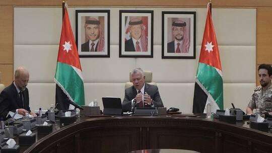 عبد الله الثاني: إغلاق البلد من جديد أسوأ سيناريو قد يحدث للأردن