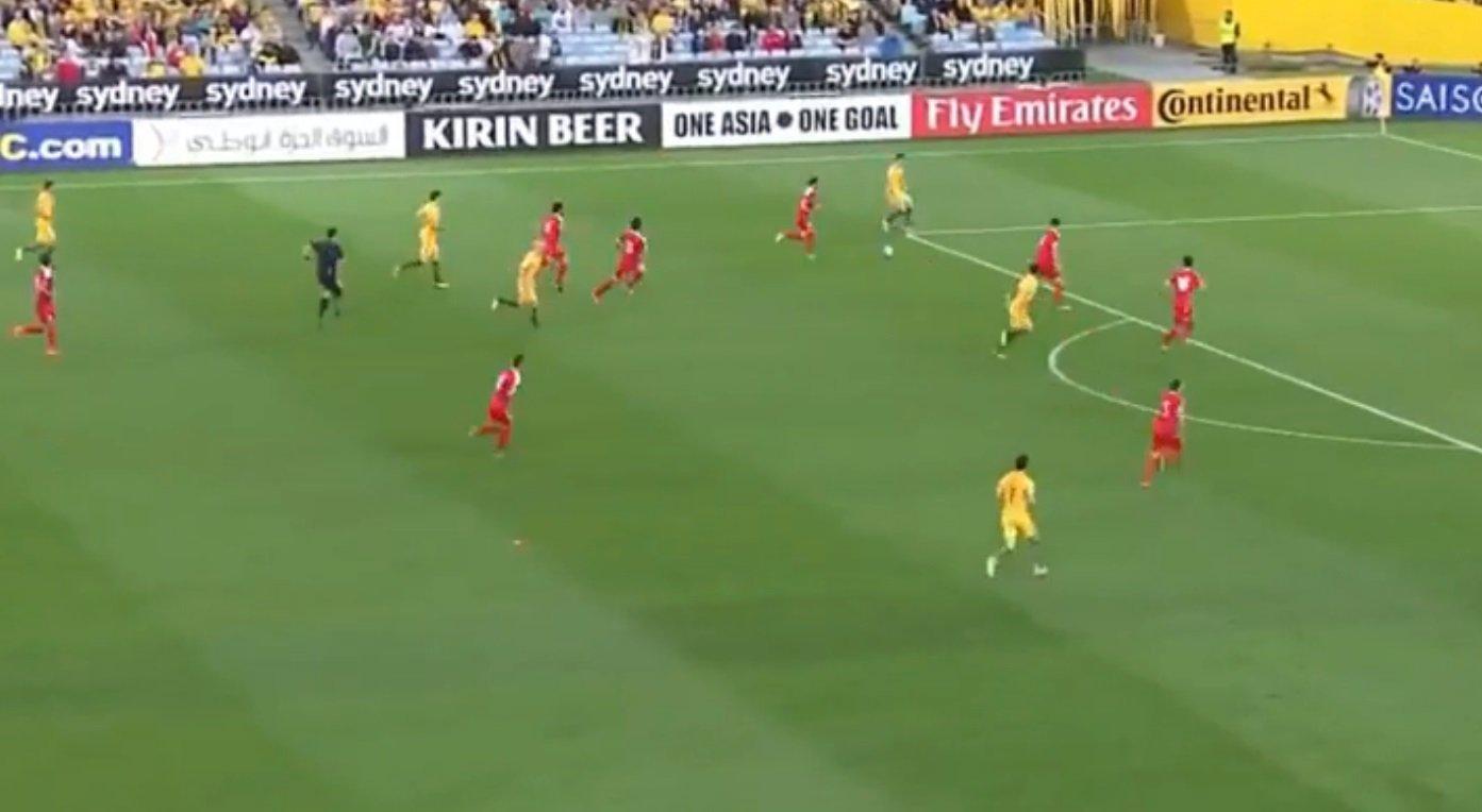 انتهاء مباراة المنتخب السوري والاسترالي، والنتيجة 2-1 لصالح الاخير-0