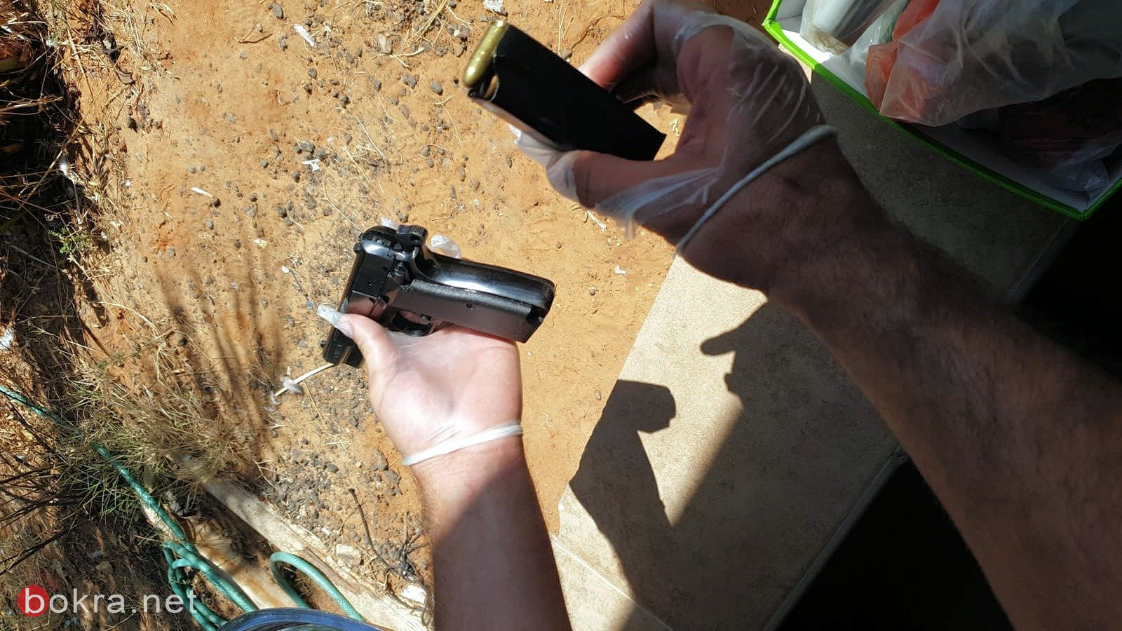 ضبط ثلاثة مسدسات خلال تفتيش في مدينة اللد -1