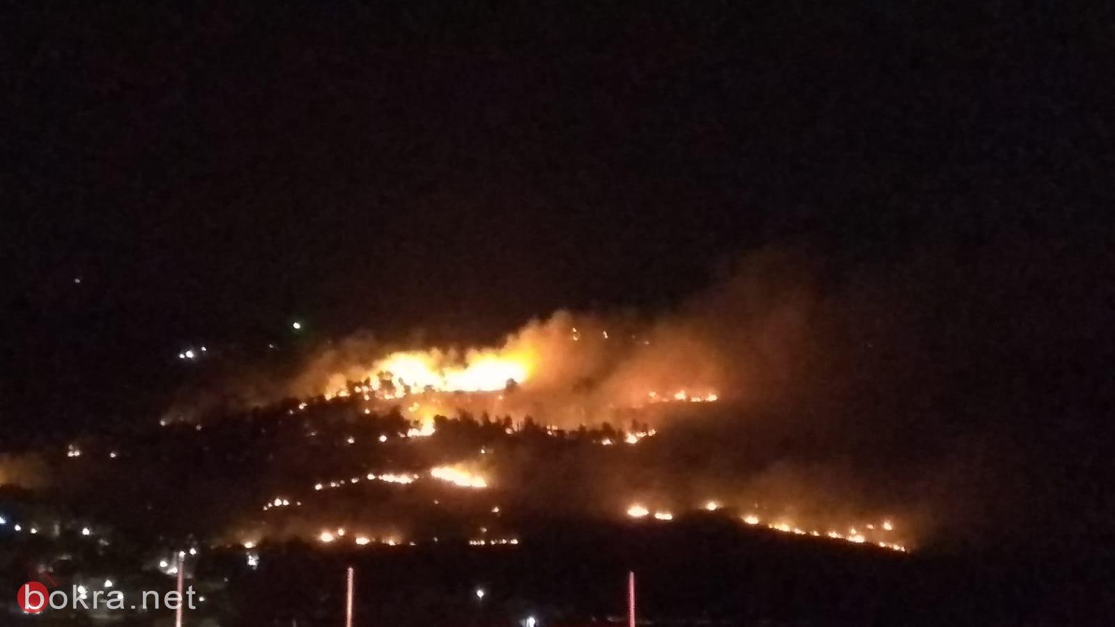 حريق هائل في الأحراش المجاورة للدحي واخلاء منازل-4
