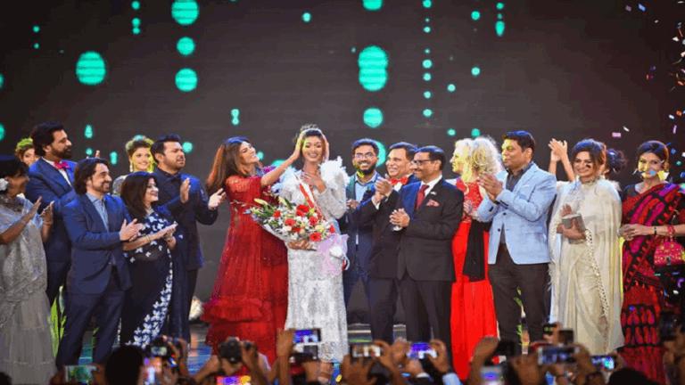 مشاركة أول مسلمة جنوب آسيوية في مسابقة جمال الكون