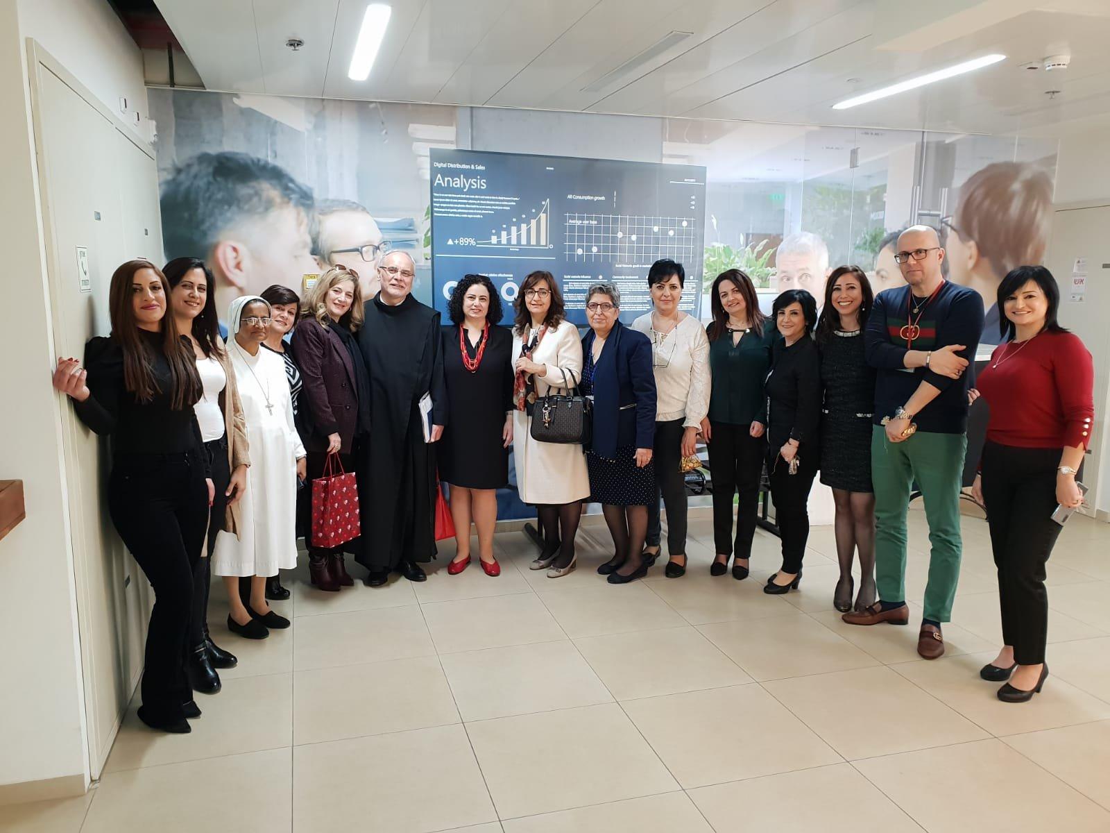 سفيرات مستشفى الناصرة الإنجليزي في جولة زيارات خاصة لمؤسسات طبية في الناصرة بمناسبة الأعياد المجيدة