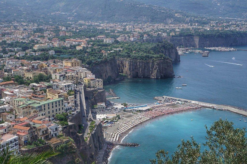ايطاليا: سورينتو من اماكن السياحة المفضلة هذا الشهر