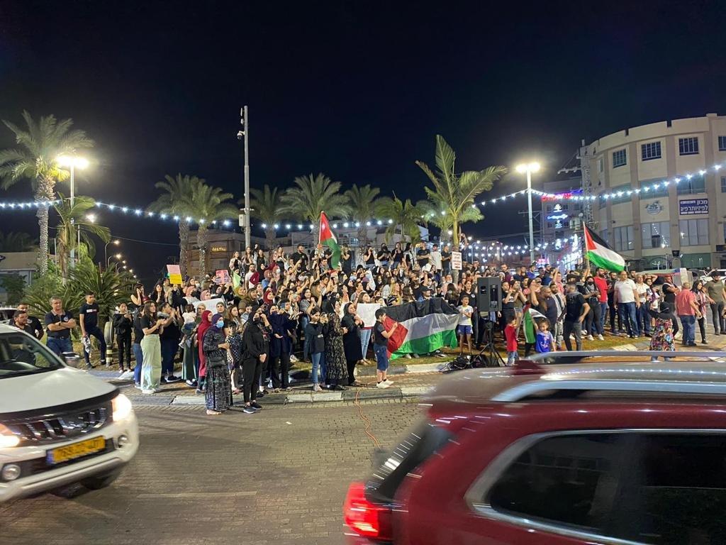 رغم سقوط الصواريخ في محيطها:الكطيرة تتضامن مع القدس-0