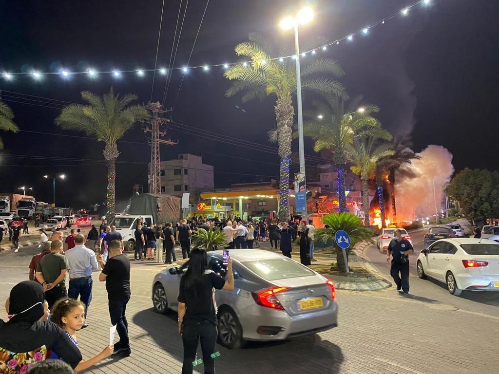 رغم سقوط الصواريخ في محيطها:الكطيرة تتضامن مع القدس-4