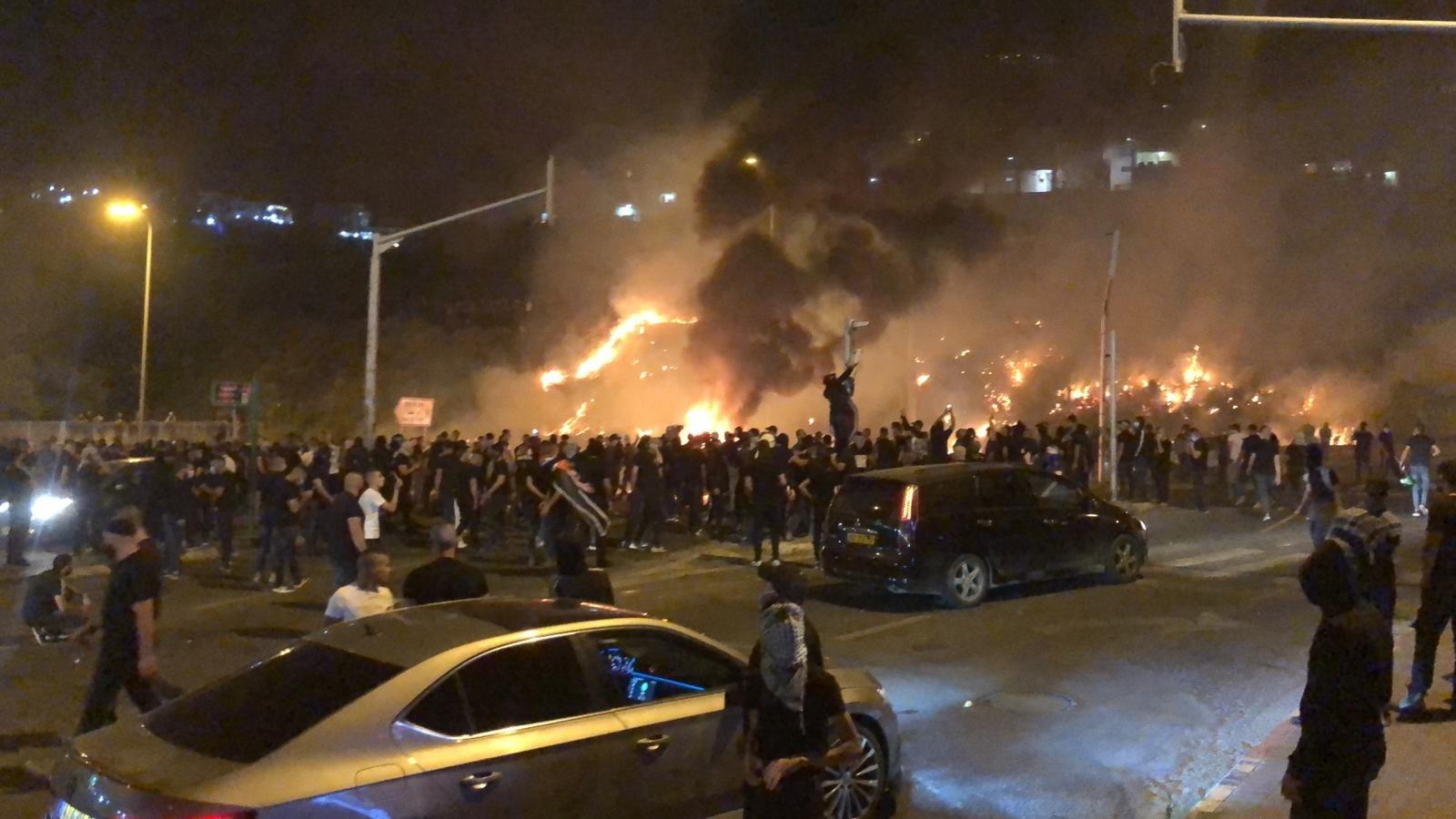 تابعوا الأخبار من مختلف البلدات: مظاهرات حاشدة، اليكم الملخص والصور-1