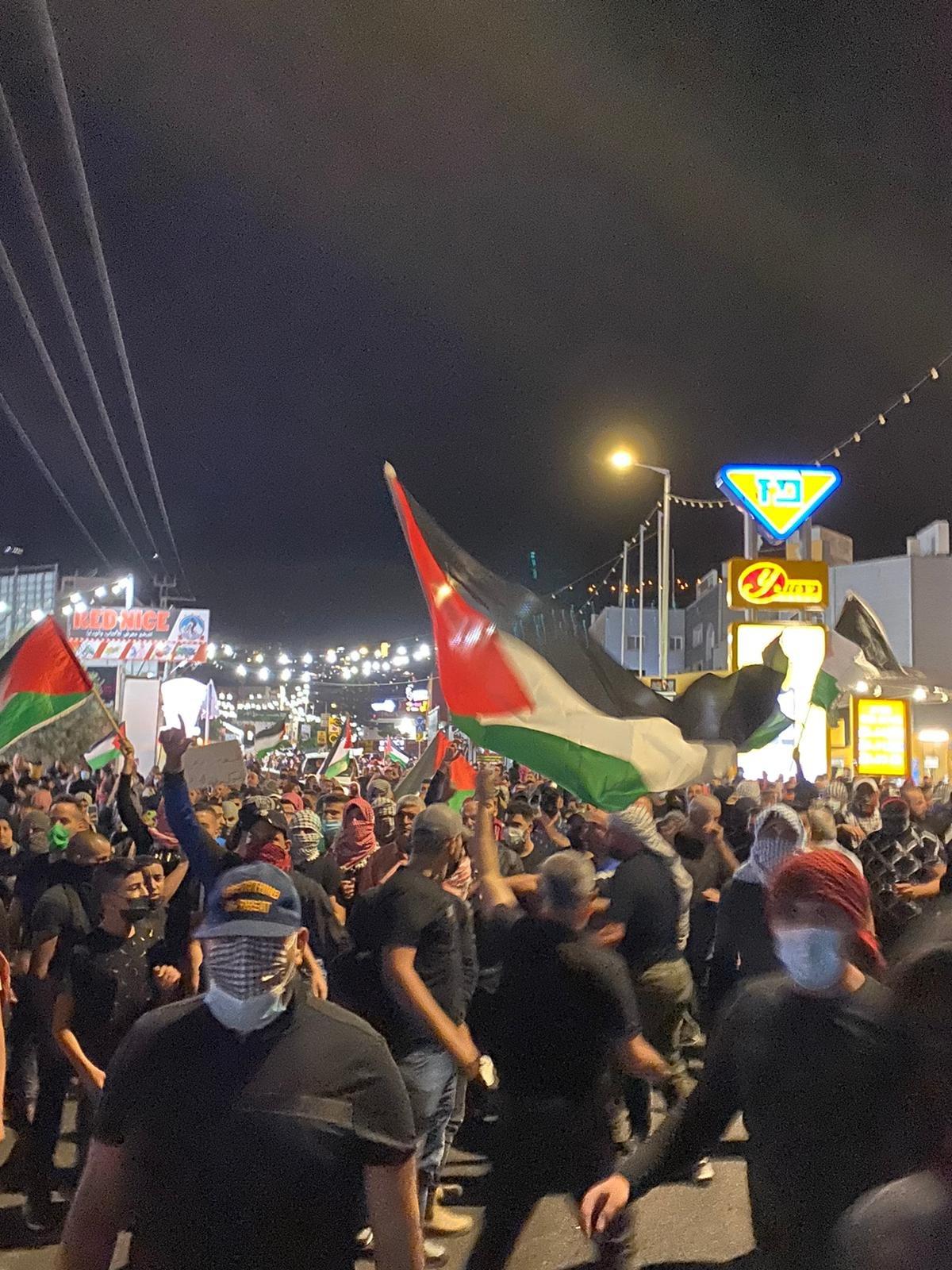 تابعوا الأخبار من مختلف البلدات: مظاهرات حاشدة، اليكم الملخص والصور-9