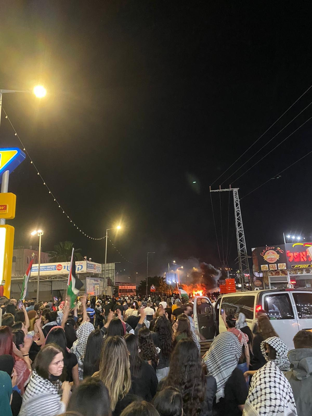 تابعوا الأخبار من مختلف البلدات: مظاهرات حاشدة، اليكم الملخص والصور-16