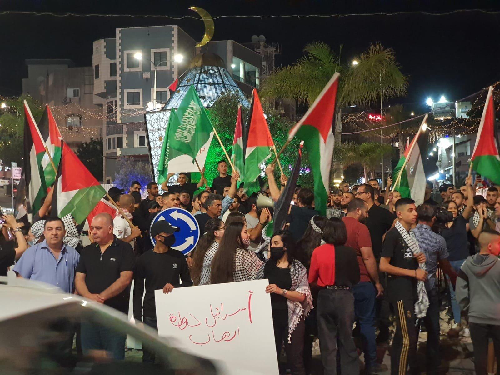تابعوا الأخبار من مختلف البلدات: مظاهرات حاشدة، اليكم الملخص والصور-17