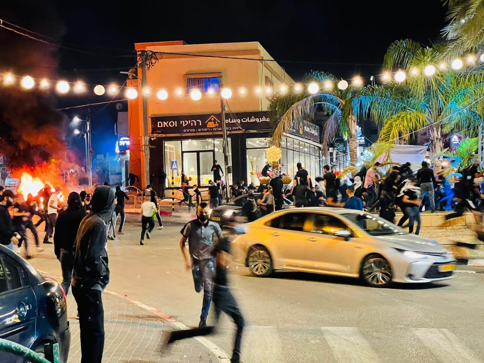 تابعوا الأخبار من مختلف البلدات: مظاهرات حاشدة، اليكم الملخص والصور-29