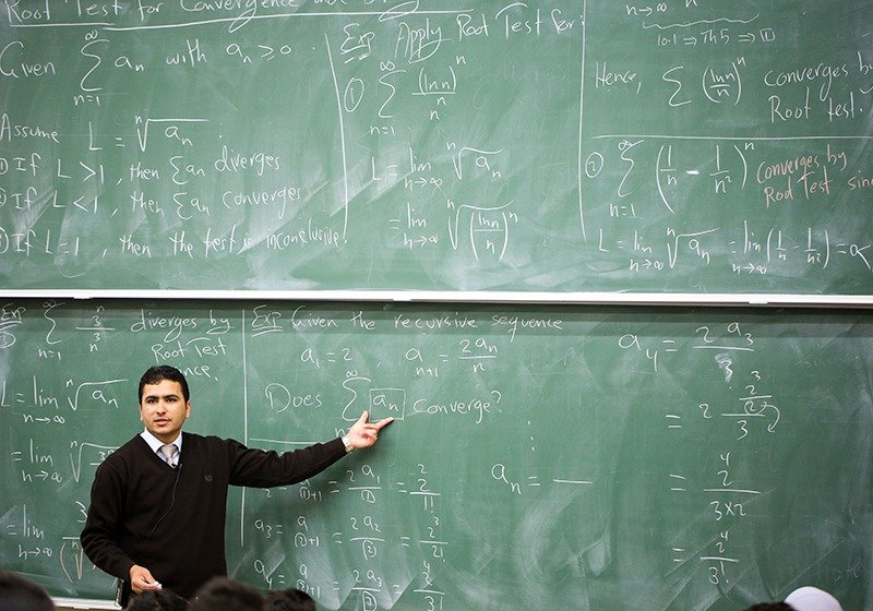 إسرائيل تطرد المحاضِرين الأجانب من الجامعات الفلسطينية في الضفة الغربية