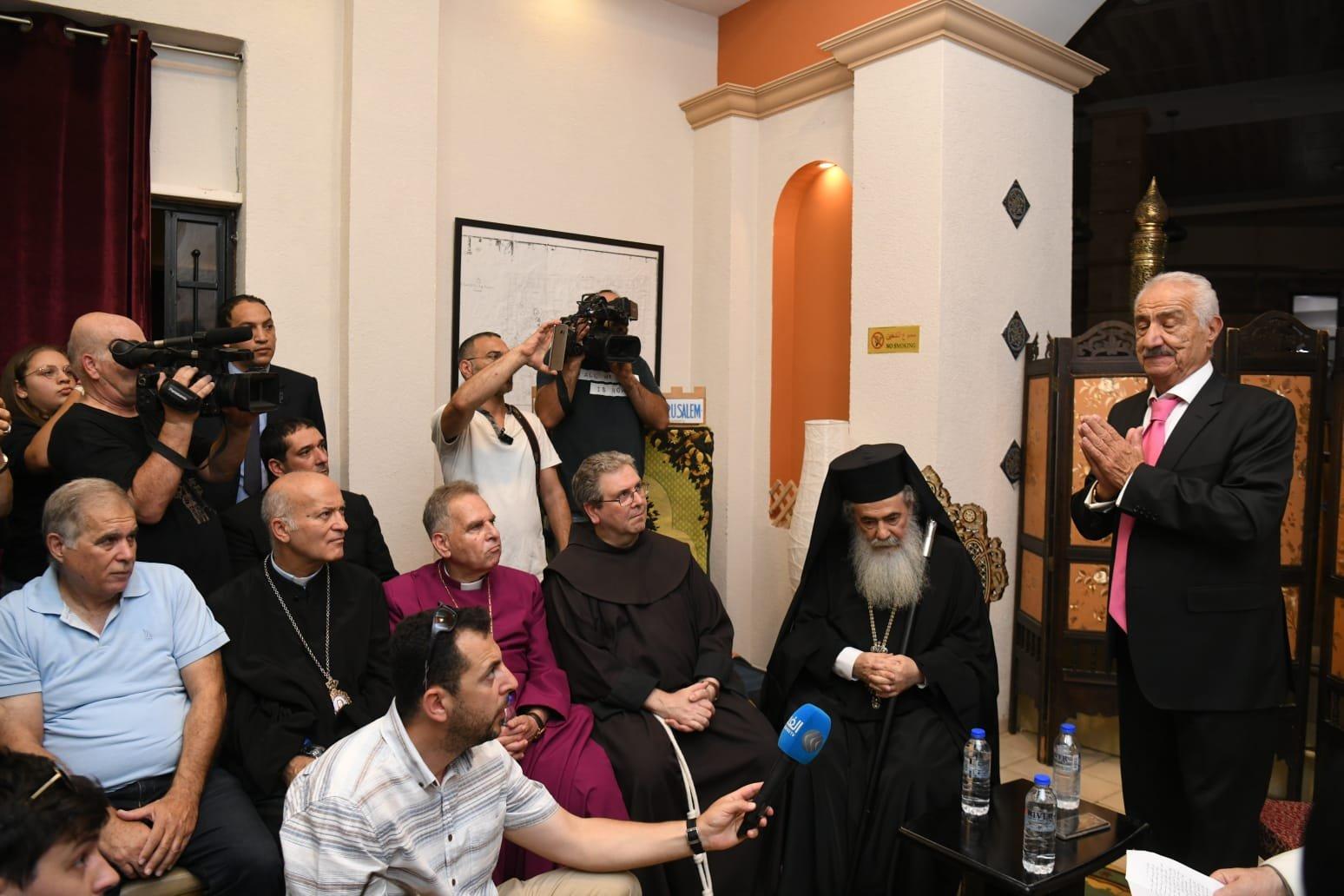 كنائس القدس مُتحدة في الحفاظ على العقارات والهوية الأصيلة لحي النصارى بالبلدة القديمة