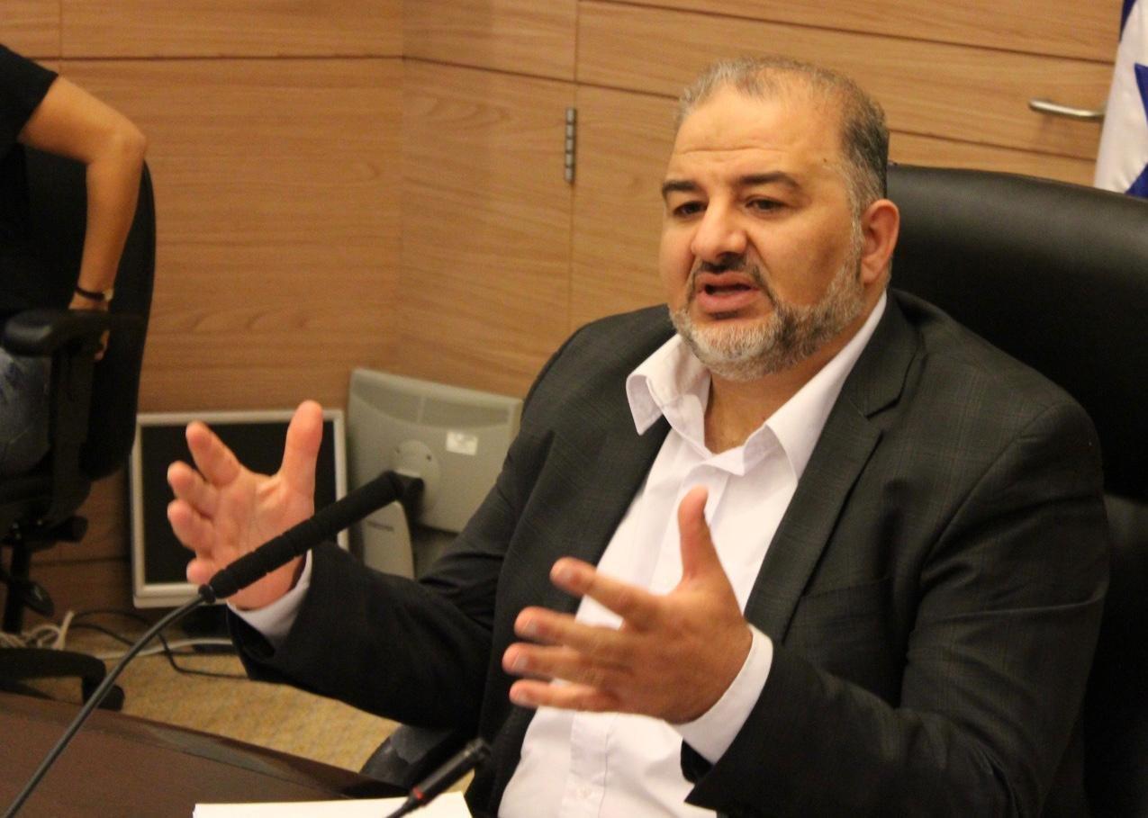 وزارة الرفاه تعرض خطتها المستقبلية لمكافحة العنف أمام اللجنة البرلمانية برئاسة د. منصور عباس