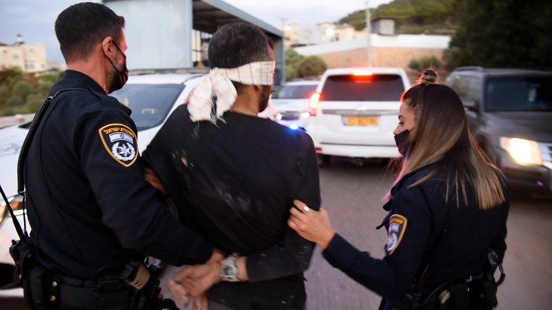 حتى الآن: اعتقال اربعة من الأسرى الذين حرروا انفسهم من سجن جلبوع (فيديو)-3