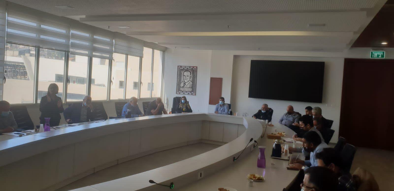 وزير العمل والرفاه الاجتماعي يزور بلدية الناصرة-9