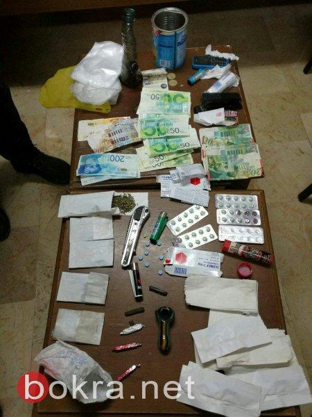 شرطة بيت لحم تقبض على شخصين من اخطر مروجي المخدرات وتضبط كميات منها-1