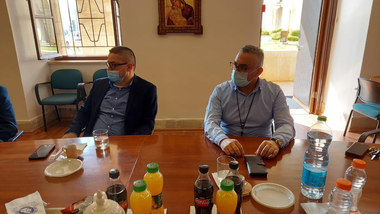 """قيادة حزب """"معا لعهد جديد"""" تزور المستشفى الفرنسي في الناصرة-7"""